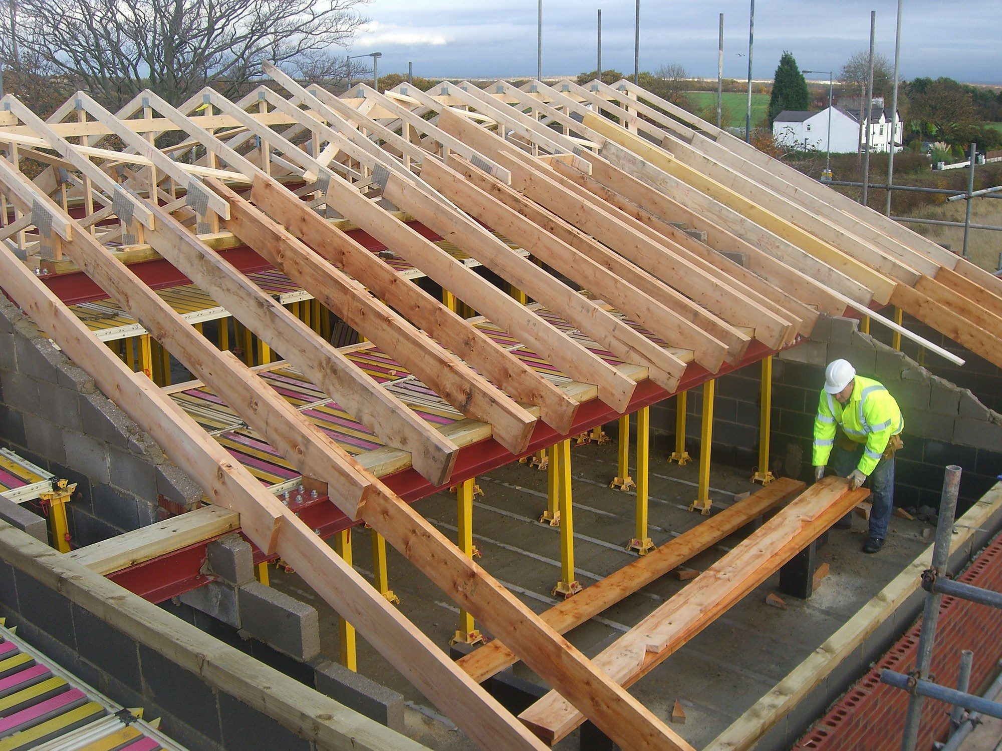 Roof truss fitting design supply widnes nursing home for Roof trusses installation